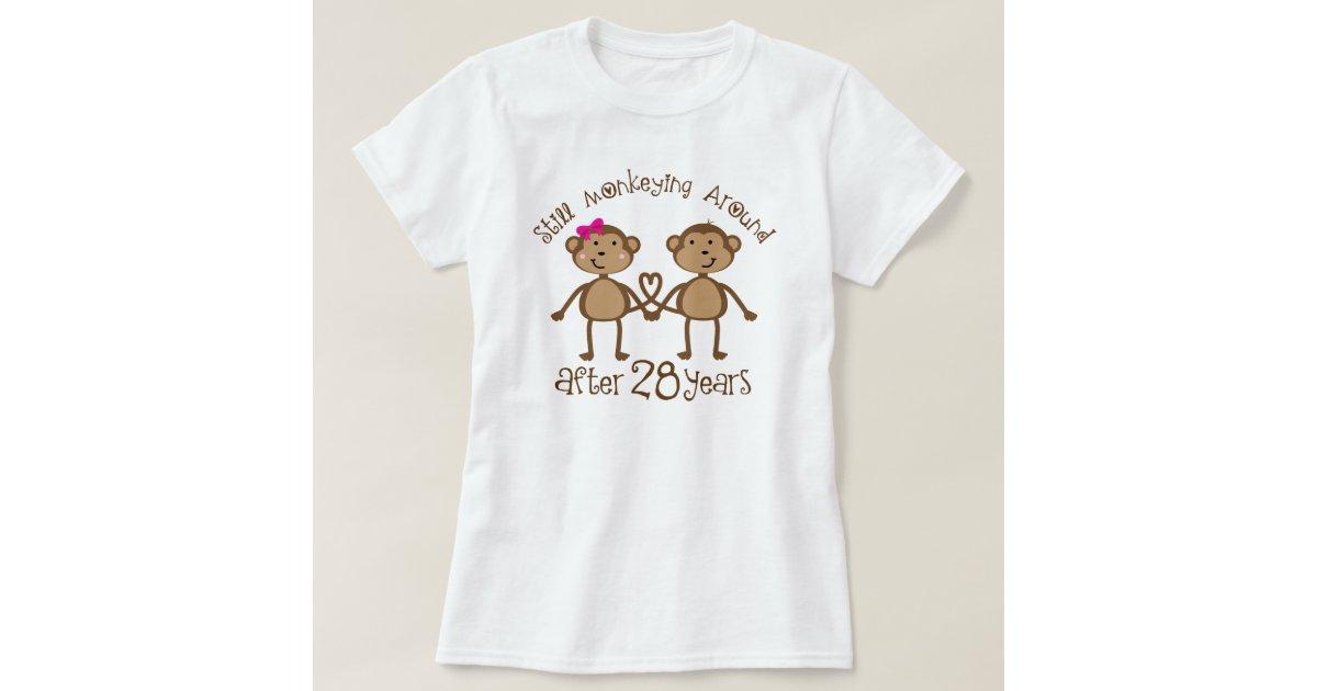 28th Wedding Anniversary Gift: 28th Wedding Anniversary Gifts T-Shirt