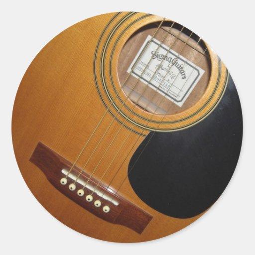 acoustic guitars classic round sticker zazzle. Black Bedroom Furniture Sets. Home Design Ideas