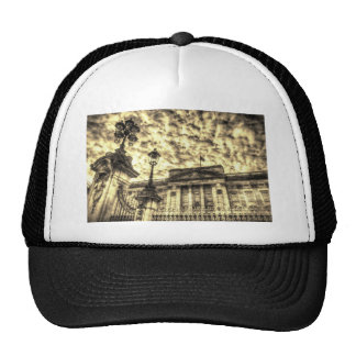 Buckingham Palace Guards may lose bearskin hats - Telegraph |Buckingham Palace Guards Hats