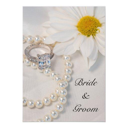 White Daisy Heart Wedding Invitation: Elegant White Daisy Wedding Invitation