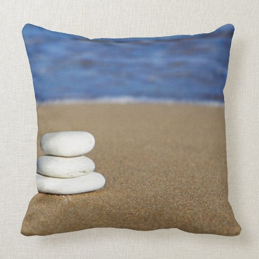 Oversized Sofa Pillows: Decosee: Oversized Couch Pillows