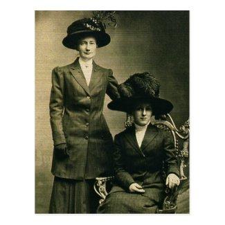 Lottie & Rosie ZARFOS in fancy hats