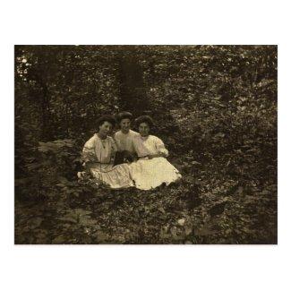 Misses Barshinger, Stabley & Zarfos circa 1904