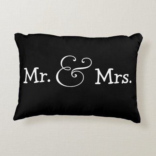 Wedding Gifts Mr And Mrs: Mr And Mrs Bride And Groom Wedding Gift Decorative Pillow