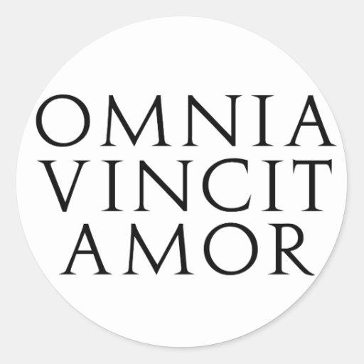 omnia vincit amor classic round sticker zazzle. Black Bedroom Furniture Sets. Home Design Ideas